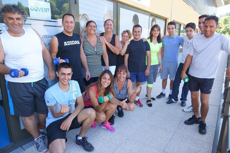 coaching personnel et dalle de sport libre d'accès Cagne sur mer